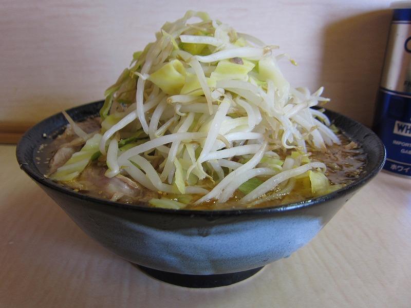 みそラーメン 麺少なめ ¥750