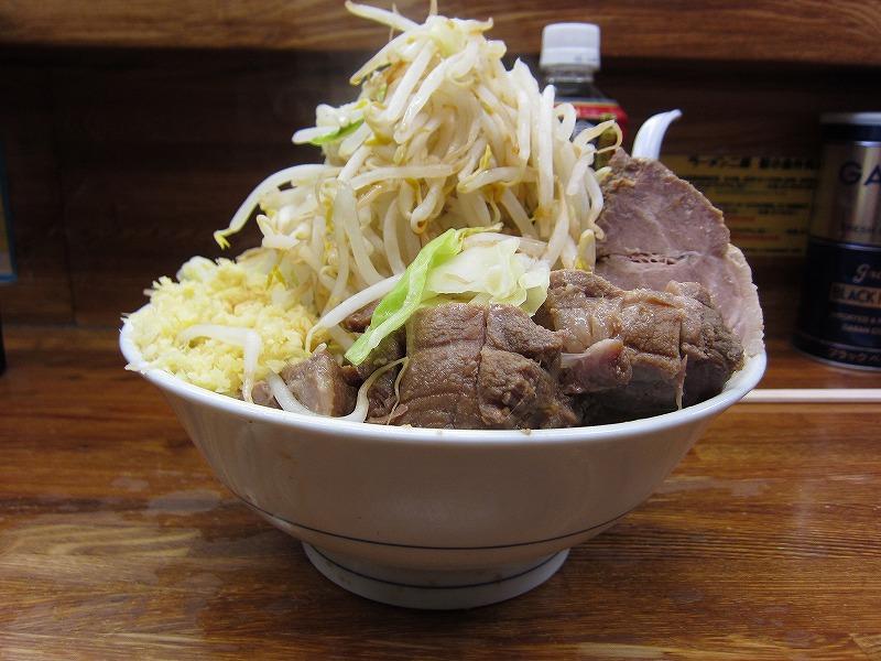 小豚 麺カタメ しょうが ¥850 + ¥50