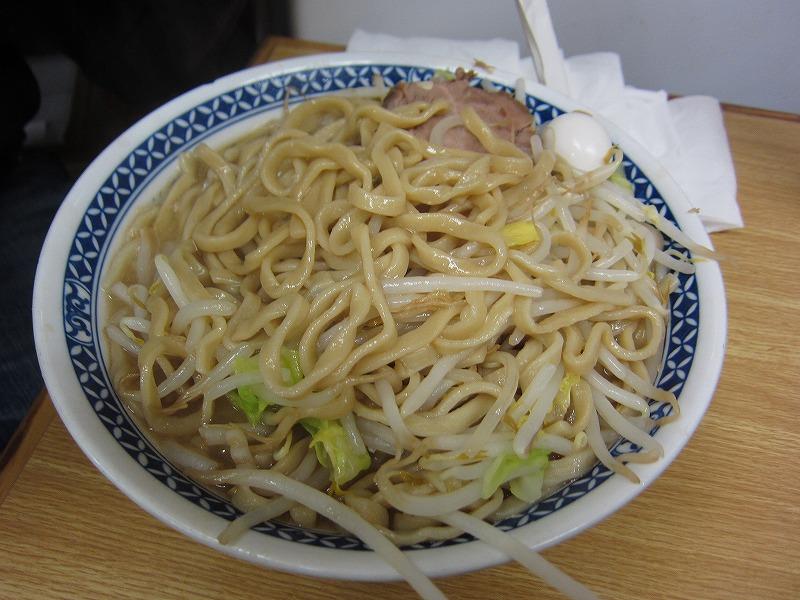 麺が多いじゃん(゚д゚)