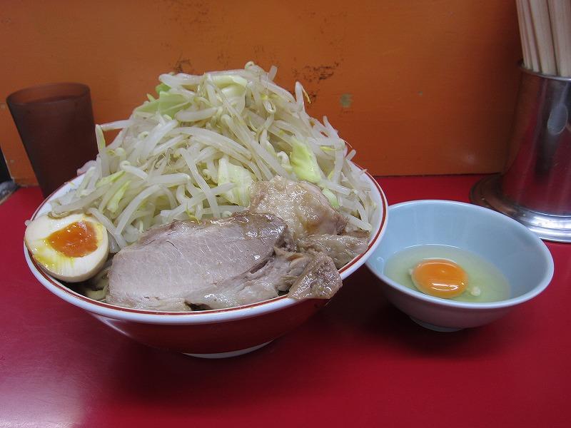 ラーメン大 麺増し600g 麺カタメ なま玉子 ¥800 + ¥50