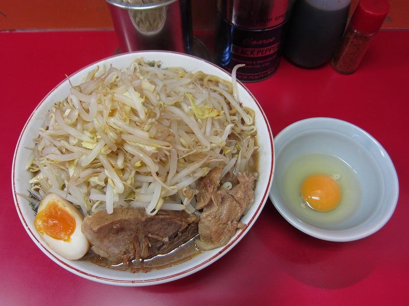 ラーメン大 麺増し500g 麺カタメ なま玉子 ヤサイ