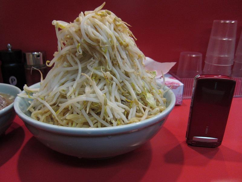 ヤサイと麺w