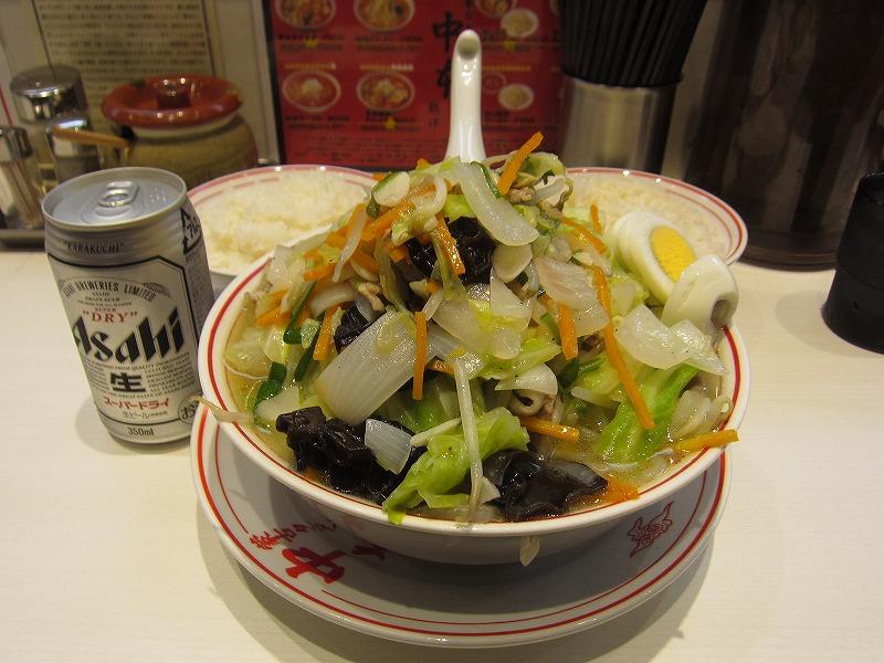 湯麺 麺大盛り 野菜大盛り ライス×2 缶ビール ¥730+¥60+¥60+¥160+¥160+¥350