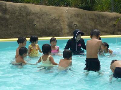 保育園プール