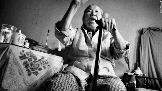 元売春婦の朝鮮人婆の写真展は、明らかに公序良俗に反しており、中止には正当性があった
