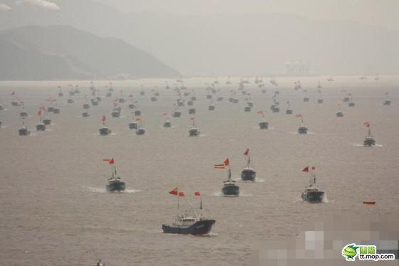 支那漁船1000隻が尖閣海域へ!海保は排除に主眼も「限界がある」・大漁船団には武装した支那政府の漁業監視船も同行