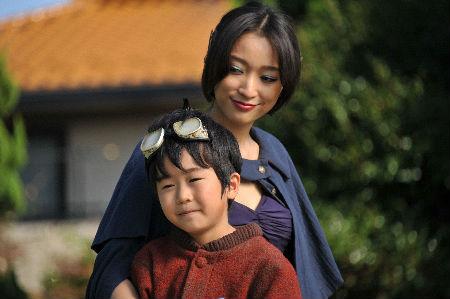 ドラマ「妖怪人間ベム」の一場面=日本テレビ提供