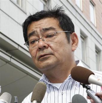 「陸援隊」(針生裕美秀社長)は平成9年、東京ディズニーランドや成田空港に無許可で外国人観光客を送り届けた事件に関与したとして摘発。11年にも同じ容疑で社長と同社の従業員が、警視庁に道路運送法違反(白バ