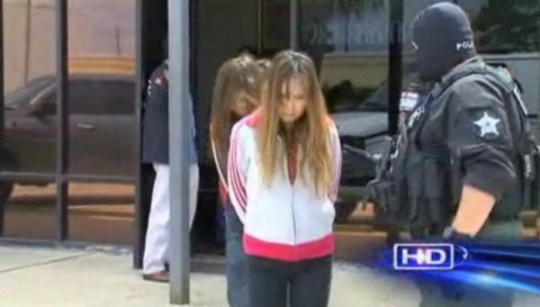 テキサス州の売春取り締まりで韓人女性大量検挙~足に鉄鎖で連行、人権侵害物議