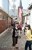 平成21年度韓国ソウル研修が、外国語コース2年生の希望生徒を対象に、7月に実施されました。