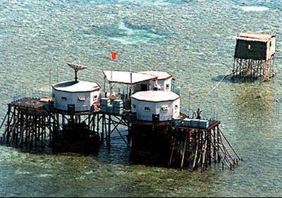 支那がベトナムから武力で奪った南沙諸島のジョンソン南礁(Johnson South Reef)(赤瓜礁)