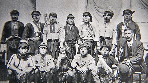 「人間動物園」?で見世物されたとNHKがいうパイワン族