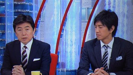 12月19日フジテレビ「とくダネ!」 笠井「1万円台を平均株価回復しました。…ますます期待感ばかり募っている感じがありますね」