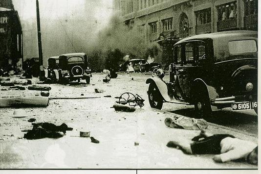 支那軍による上海爆撃により夥しい数に支那人や外国人が殺害された