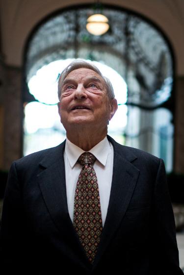 ソロス氏:ユーロ存続の公算-日銀の政策は「本物」円下落へ