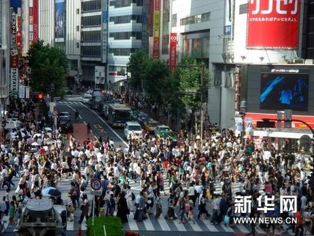日本が移民拒否を続ければ国は亡びる=シンガポール・李光耀元首相