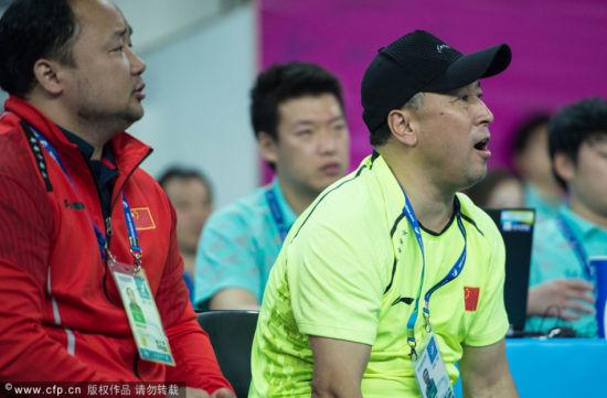 仁川アジア大会 バドミントン男子団体決勝戦の結果について風向きの影響指摘―中国・李永波総監督