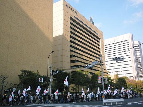 11.20 電通・朝日新聞 抗議デモ