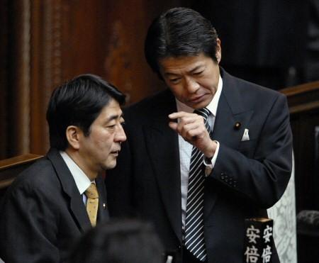 中川昭一こそが、安倍晋三や麻生太郎よりも遥かに日本への愛(敵国への憎しみ)の具現化に全力を尽くした政治家だった