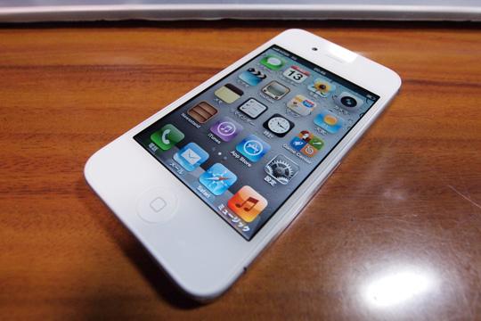 20111113_iphone4s-02.jpg