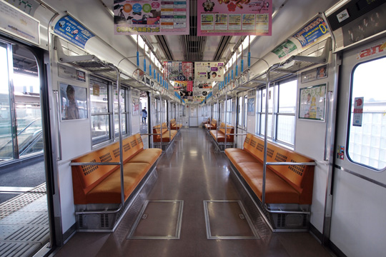 20120204_osaka_subway_20-in01.jpg