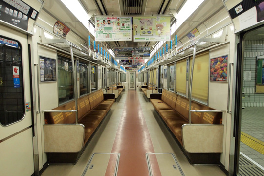 20120804_osaka_subway_66-in01.jpg