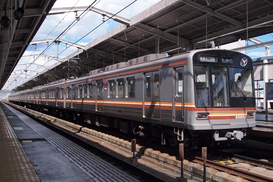 20120819_osaka_subway_66-03.jpg