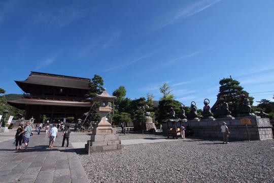 20120916_zenkoji_temple-13.jpg