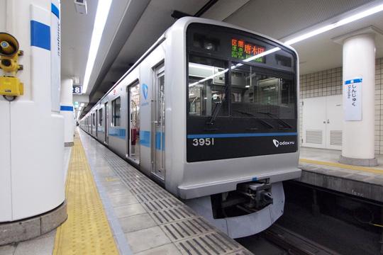 20121124_odakyu_3000-02.jpg