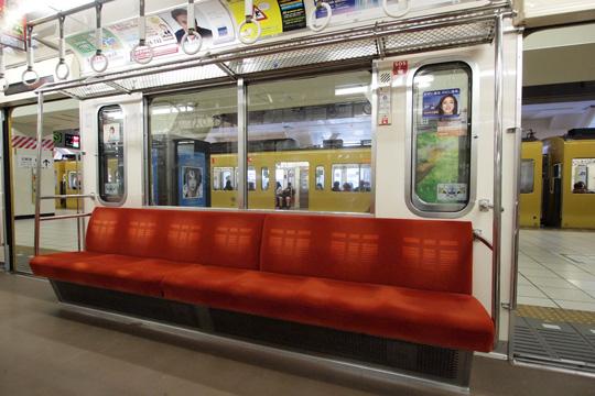 20121125_seibu_9000-in02.jpg