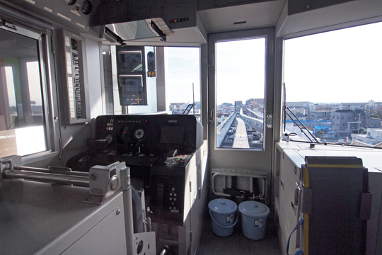 20130209_tama_monorail_1000-cab01.jpg
