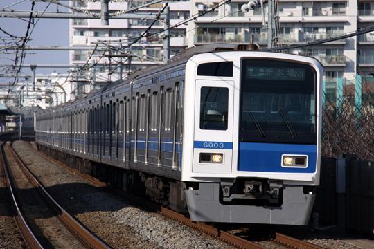 20130211_seibu_6000-01.jpg