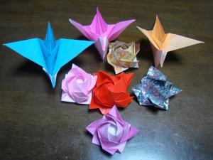 折り紙鶴薔薇