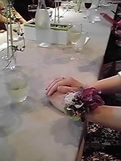 手が美しくて・・。