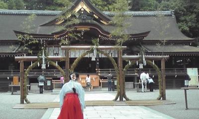 茅の輪くぐり 大神神社にて