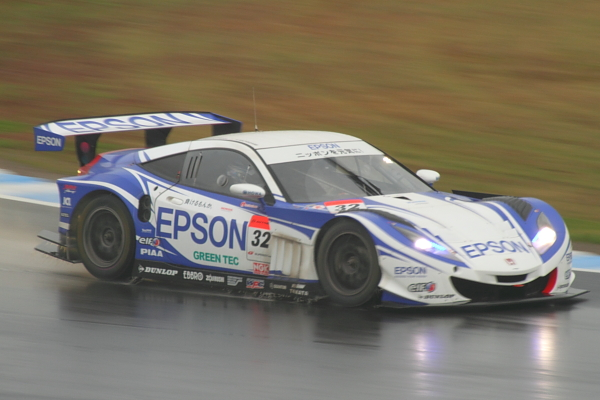 2012Rd8終盤GT500#32