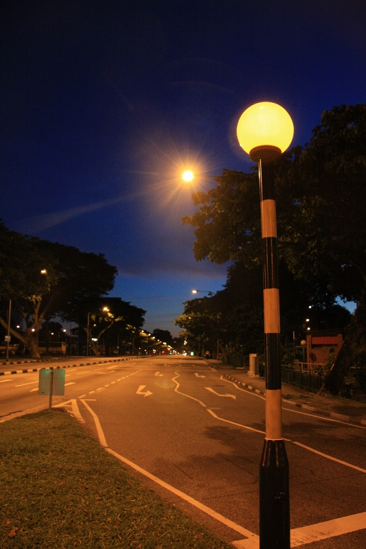 シンガポールの夜の道2