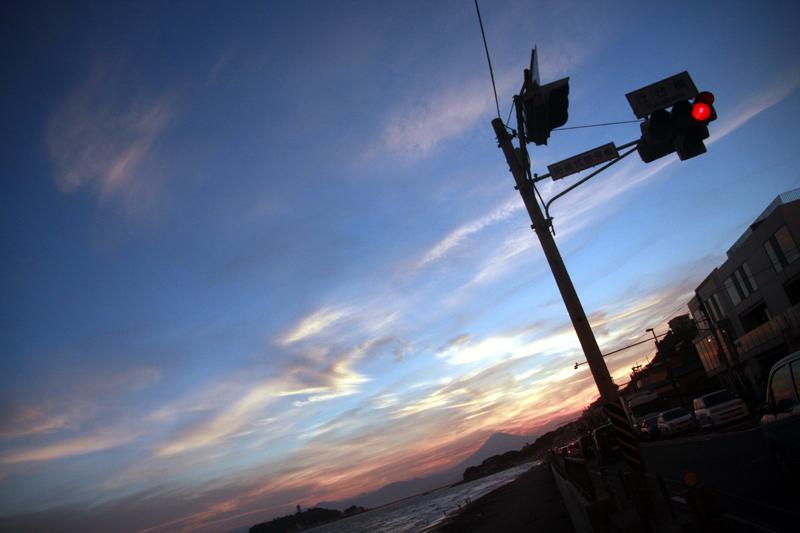 七里ガ浜の交差点で
