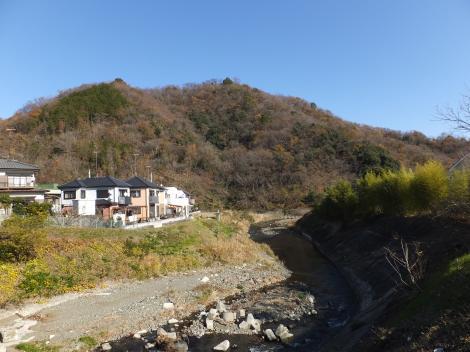 金目川と弘法山