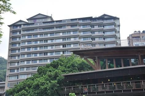 日勝生 加賀屋ホテル