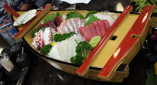 20110819 平井 刺身船盛り 18cmDSC01808