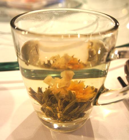 20110922 小南国 花茶 16cmDSC02109