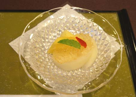 20120909 美濃吉9 季節の果物と梅ゼリー 16cmDSC03126