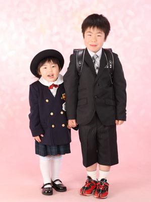 秋田の入学写真 スタジオ撮影 入園入学 ミクちゃん&リクトくん
