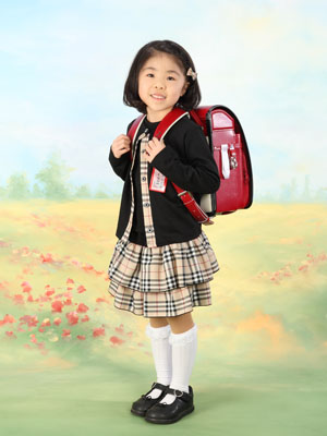 秋田の入学写真 スタジオ撮影 小学入学 ナナミちゃん