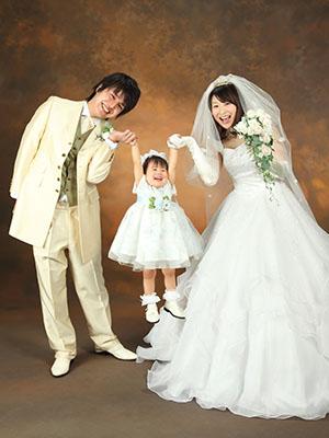 秋田のブライダルフォト スタジオ撮影 写真だけの結婚式 ユウサクさん&ユミさん