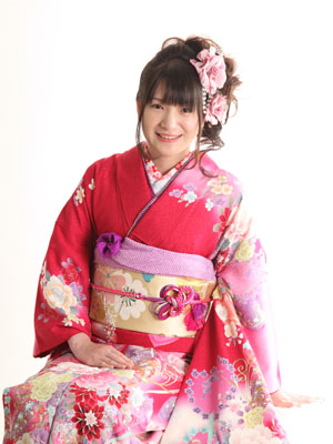 秋田の成人式 スタジオ撮影 前撮り 振袖 ナツミさん