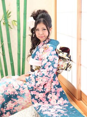 秋田の成人式 スタジオ撮影 振袖 マリコさん