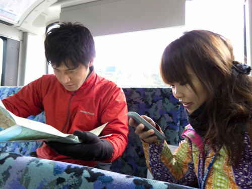 01iwawaki-bus.jpg