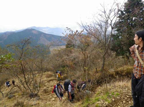 04ヤビツ峠からの登り2